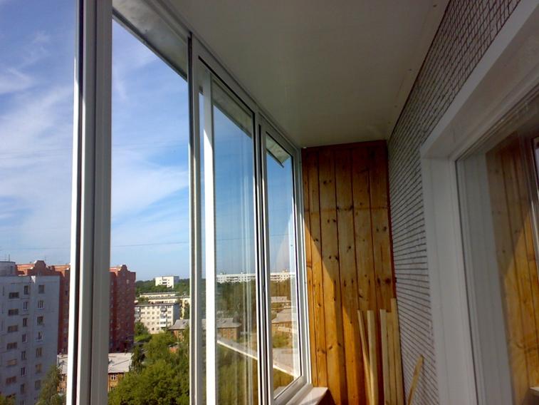 Остекление балконов и лоджий в балашихе.